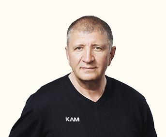 Кузнецов Андрей заместитель директора по сбыту кормов